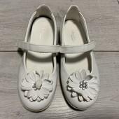 Отличные туфельки Capsake 30 размер стелька 19 см