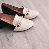 Двухцветные туфли/лоферы 38 размер. Высокое качество.