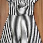 Брендова трикотажна сукня