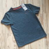 Шикарная спортивная футболка мальчику 8 лет от французского бренда Киаби. Сотни лотов.