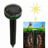Ультразвуковой отпугиватель змей и грызунов на солнечной батарее