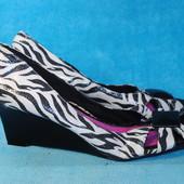 Туфли на танкетке Gretta 42 размер 5