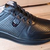 Акція! нові кросівки повністю шкіра 40,42,43,45р /шт/ інші моделі в моїх лотах!