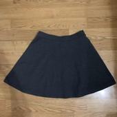 Серая юбка в идеальном состоянии на 7-9 лет !