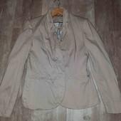 """красивый брендовый пиджак""""stradivarius"""""""