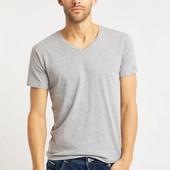 две мужские футболки от Bruno Banani