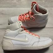 Отличные хайтопы Nike оригинал 38 размер стелька 24 см .