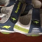 босоножки, сандали, светется, размер 29 встелька 18,5 см, Kangaroos. состояние отличное