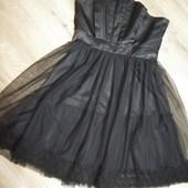 Шикарное платье, корсетный верх. S. Идеальное состояние.