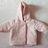 Бесподобная розовая курточка на маленькую модницу