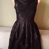 Маленькое чёрное платье,очень красивое