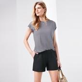 ☘ Якісні еластичні шорти з кишенями від Tchibo (Німеччина), розмір наш: 50-52 (44/46 євро)