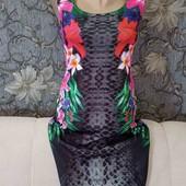 Платье по фигуре в цветочный принт, р. S