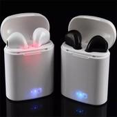 Беспроводные bluetooth наушники i7 airpods 2 шт с кейсом для зарядки.цвет белый
