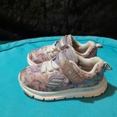 Легкие кроссовки Skechers, разм. 21,5 (12 см по бирке, реально 13,5 см внутри).