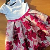 шикарна сукня на 5-6 років