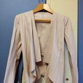 Пудровый пиджак Zara, р. S
