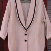 красивый пиджак XL Италия