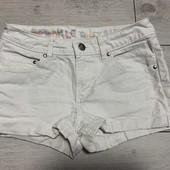 Белые шорты от H&M на девочке рост 152 ( 11-12 лет)