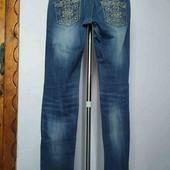 Крутые джинсы cushen с вышивкой на карманах.skinny