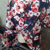 Новая невисомая блуза 44-46