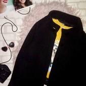 Стильное укороченное пальто оверсайз