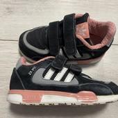 Кроссовки Adidas 26 размер стелька 16,5 см