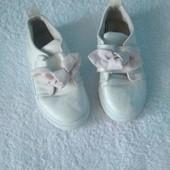 Туфлі дитячі з бантиком р.26 стелька 15,5 см.