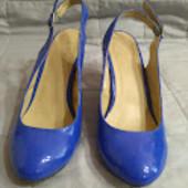 Лаковые туфли(кожзам) 39 р Б/у