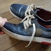 Кеди туфлі кросівки