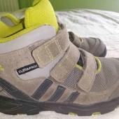 Демисезонные ботинки adidas р.27 (17.5 см)