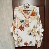 Фирменная красивая вискозная блуза-туника р.18-24 оверсайз.