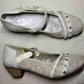 23.3-23.5 см. Аккуратные универсальные туфли