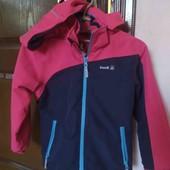 Фірмова спортивна куртка