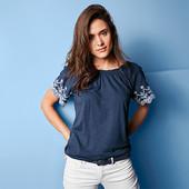 ☘ М'яка блуза в стилі Кармен з декоративною вишивкою від Tchibo (Німеччина), р .: 42-46 (36/38 євро)