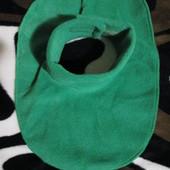 Флісова манішка Зелена на вік від одного року до восьми років