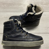 Отличные ботиночки 32 размер стелька 20,5 см