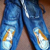 Джинсовые капри штаны с обалденной апликацией