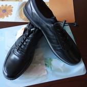 повністю шкіряне взуття 41-45 р шт/ ін моделі в моїх лотах!