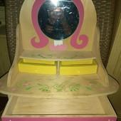 Детский комодик, трюмо принцессы, полностью деревянное. Оригинал.Wanju из Англии. отличное!