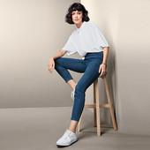 ☘ Зручні еластичні джинси від Tchibo (Німеччина), розміри наші: 42-44 (36 євро)