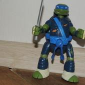 Игрушка Леонардо молниеносная атака 15 см