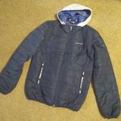 Демісезонна куртка для підлітка.