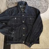 Фірмова куртка від Next, розмір M