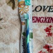 Детская зубная щётка от 0-3 год! 1 шт.