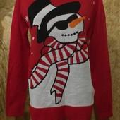 Эксклюзивный новогодний ярко красный свитерок стречь. Акрил 100%.m,l,xl,xxl. Лотов много