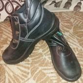 рабочая обувь, новая по стельке 24 см