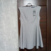 Фирменное новое красивое платье р.14.