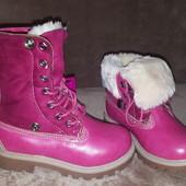 Шикарные ботинки-сапожки на девочку. Размер 28-18,5 см