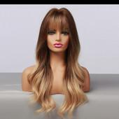 Красивый парик с еффектом омбре! Длина 62 см.